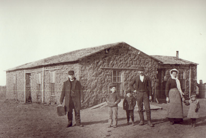 Sod house, Smithfield Nebraska, circa 1902