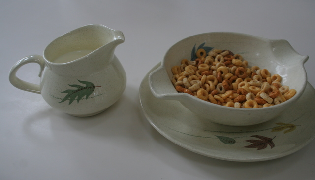 "Franciscan Ware ""Autumn Leaves"" pitcher, cereal bowl and small plate"